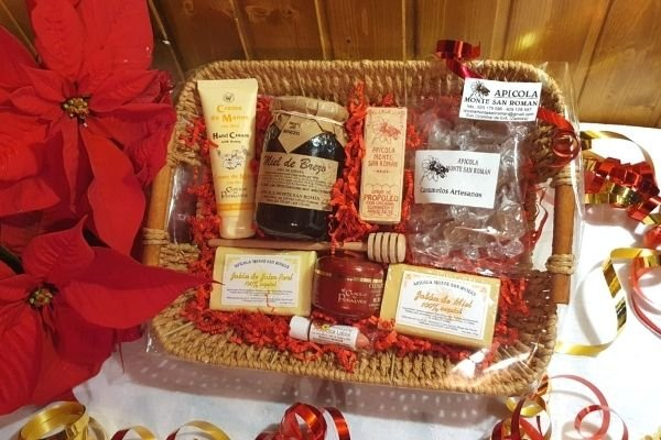 cesta de navidad productos de la colmena
